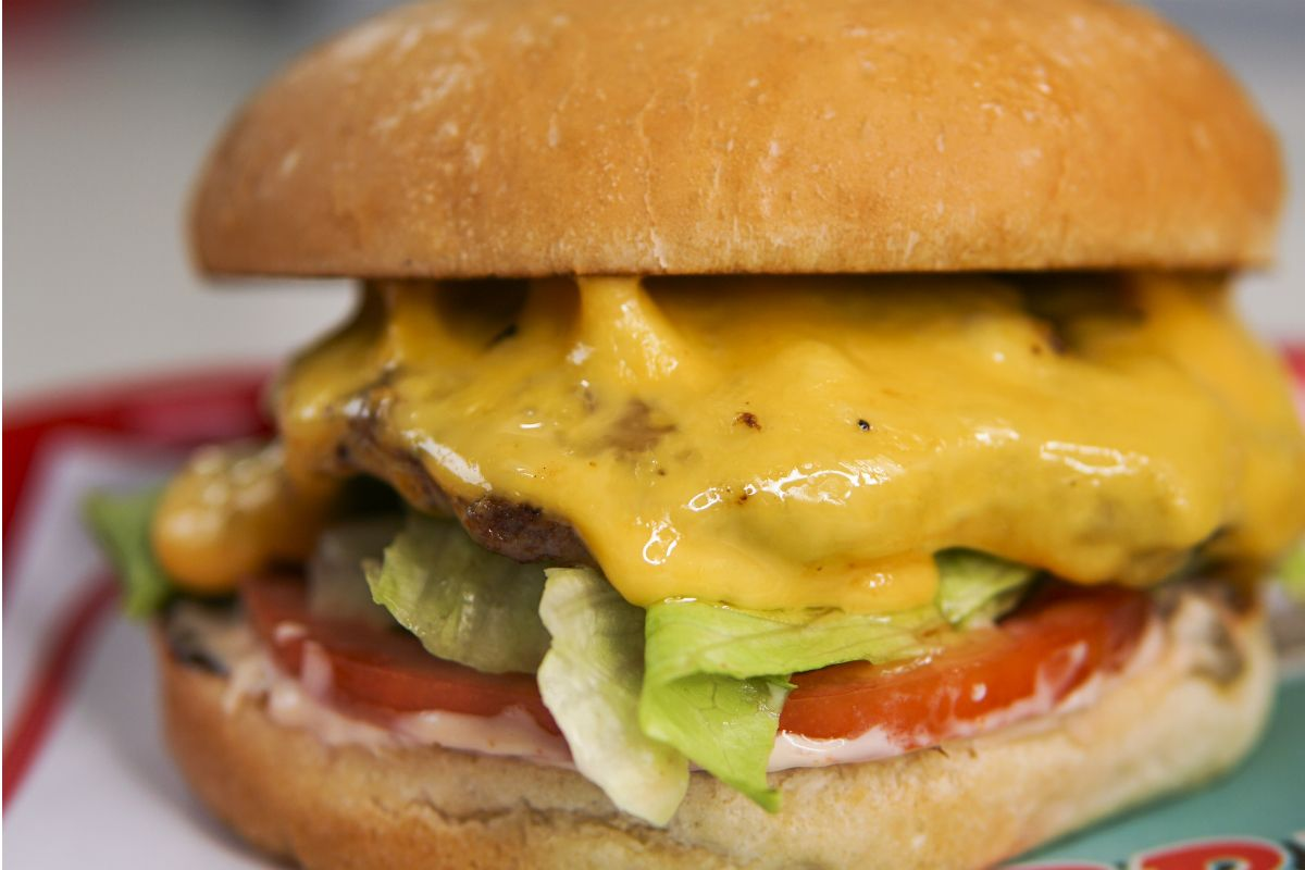 Cheeseburger Thumbnail.jpg
