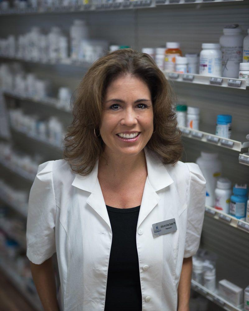 Leticia-DeLaRosa-Creasey-Pharmacist-e1534215384344.jpg