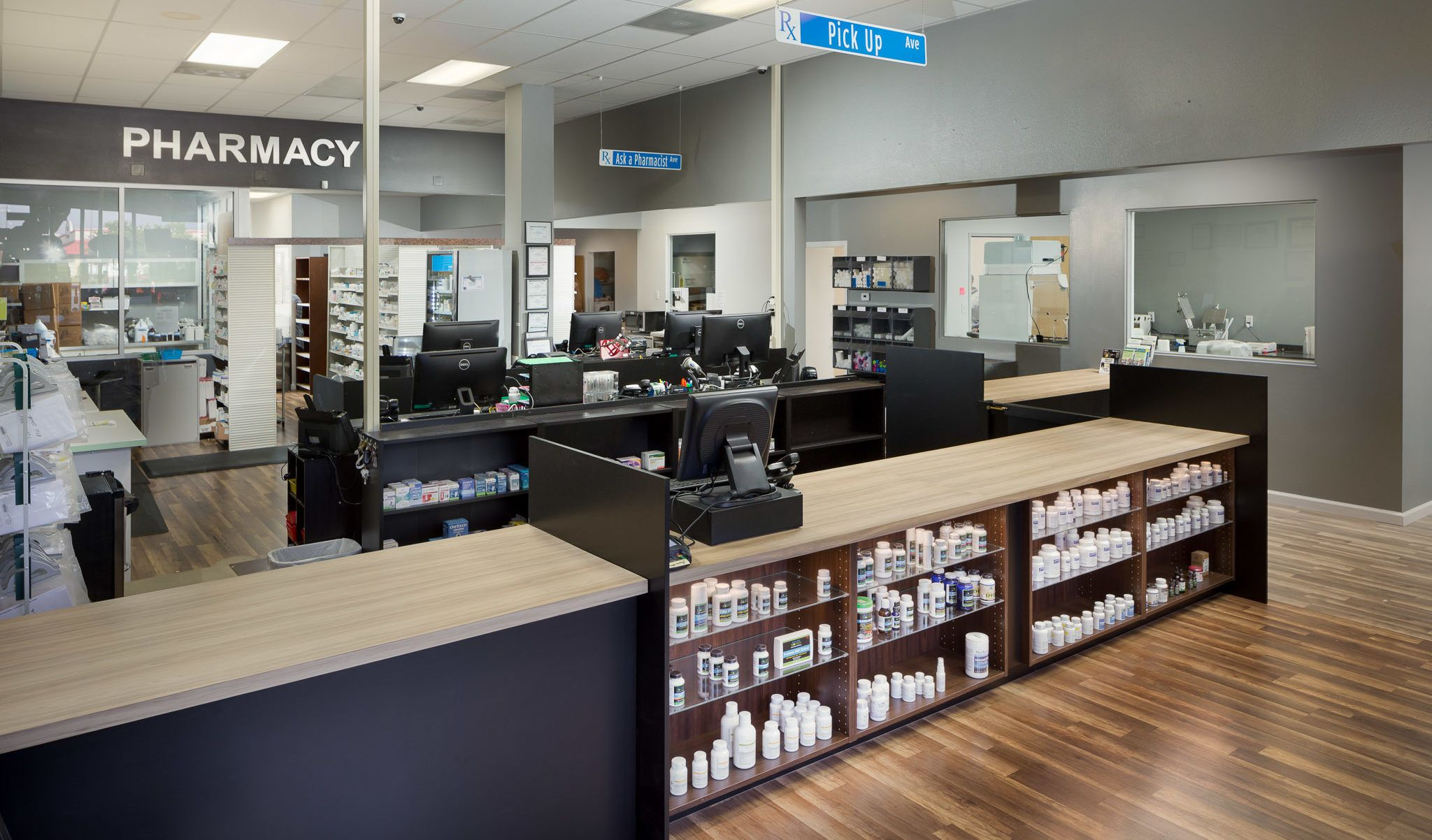 Welcome to Grand Ave Pharmacy!