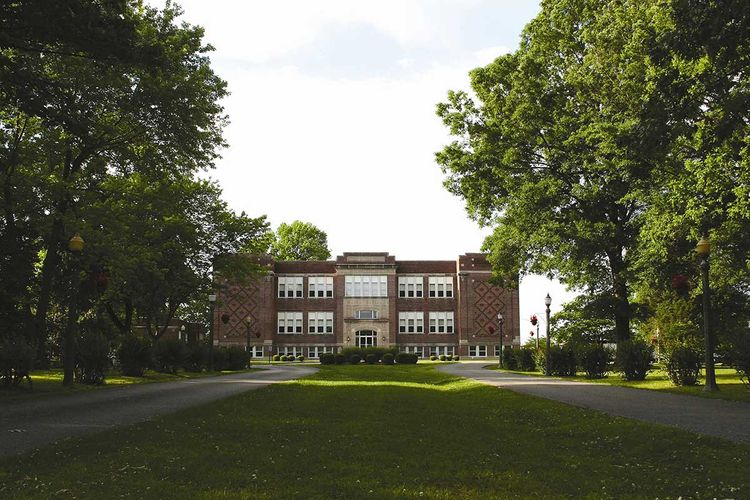 Campbell-Hall-front.jpg