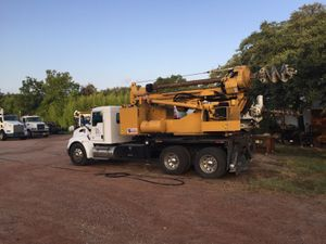hole digging equipment
