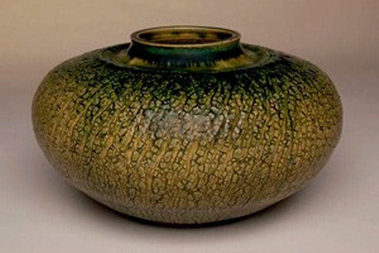 Vase by George Dymesich