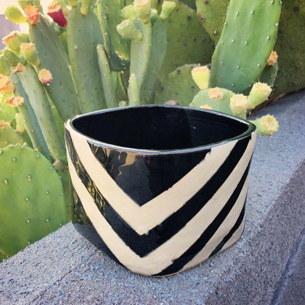 Square vase 1.jpg