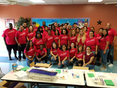 Wells Fargo Volunteers 9.21 (16).jpg
