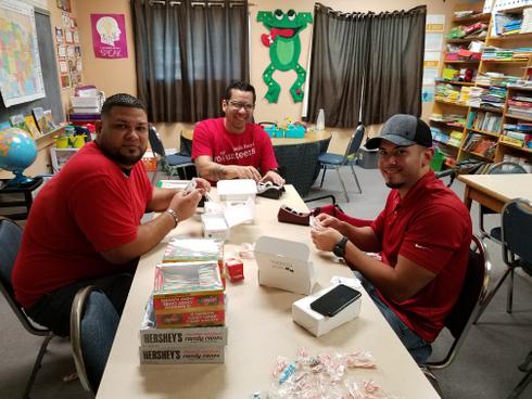 Wells Fargo Volunteers 9.20 (1).jpg