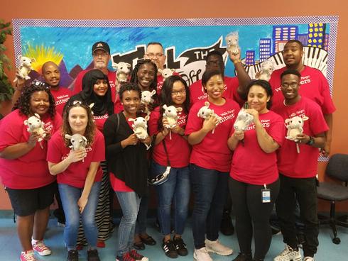 Wells Fargo Volunteers 9.21 (18).jpg