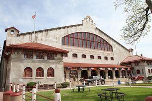 Cowtown Coliseum.jpg