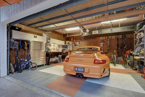 3403 Taylors 22_garage.jpg