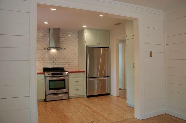 Dexter Kitchen 3 (edit DSC_0415).jpg