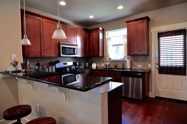 1601 Miriam #309 Kitchen 2 (edit DSC_1897).jpg