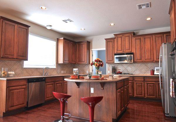 7315 Roaring Springs - kitchen (edit DSC_0101).jpg