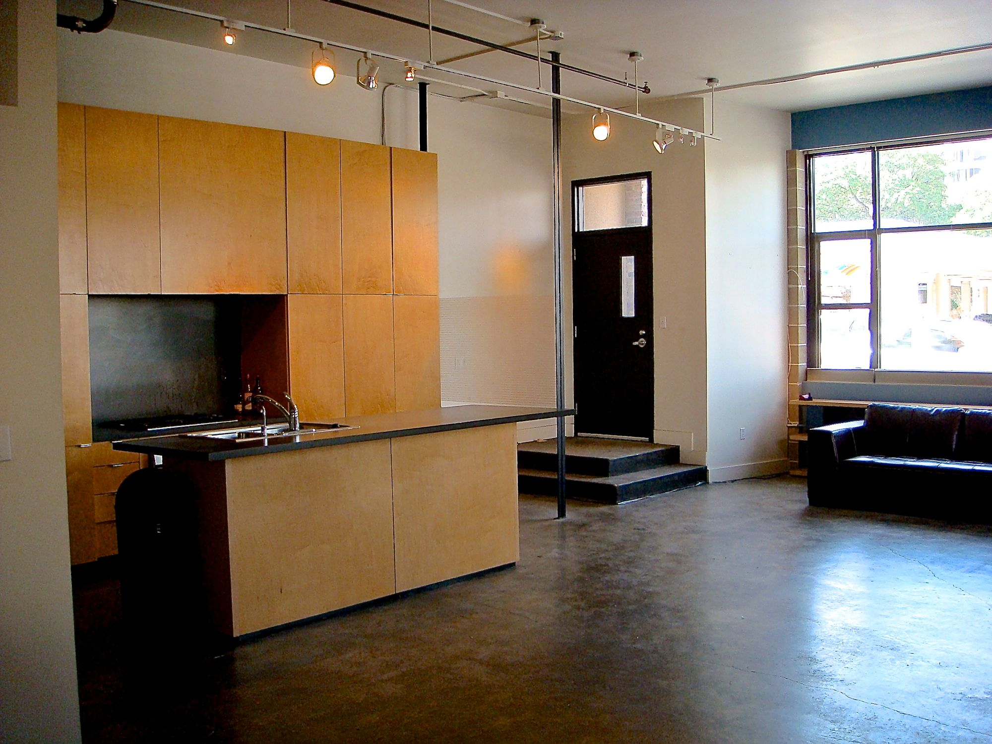 Brazos Lofts 110 (edit image3).jpg