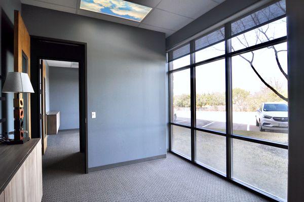 5000 Davis 106 Office 2 DSC_0980.jpeg