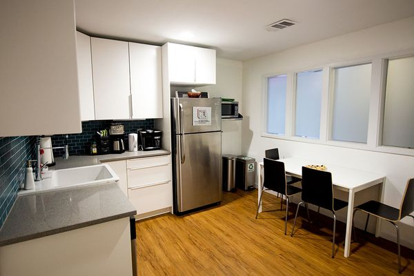718B Northwestern_Studio Kitchen.jpg