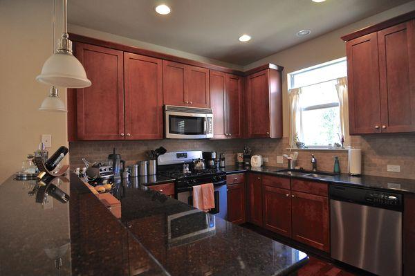 1601 Miriam #309 Kitchen (edit DSC_1896).jpg