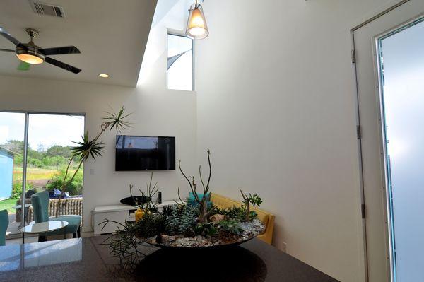 5605 Agatha Living Ceiling 2 (edit med DSC_0821).jpg