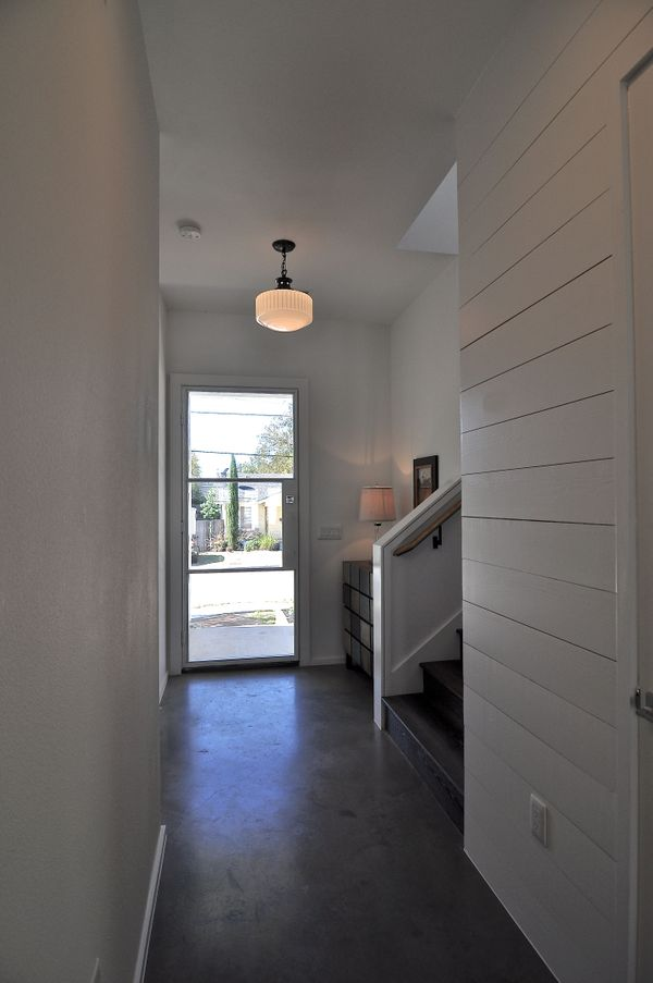 1209 Cedar Entry Hallway (edit DSC_1455).jpg