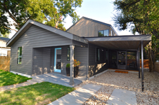 1907 E 14th front porch (edit 2015-08-15 17.38.06).jpg