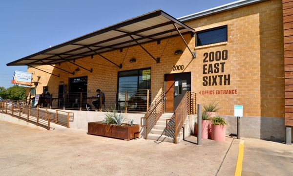 2000 E 6th Ext Entrance DSC_0507.jpeg