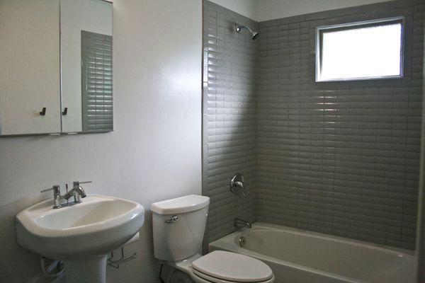 52 Chalmers bath 2 (IMG_1603).jpg
