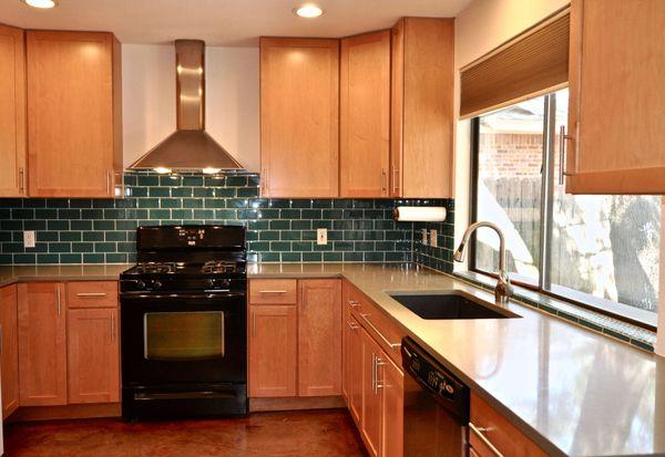 11509 Three Oaks Kitchen 2 (edit med DSC_1110).jpg
