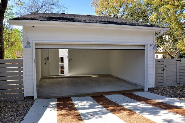 1209 Cedar Garage (edit DSC_1473).jpg