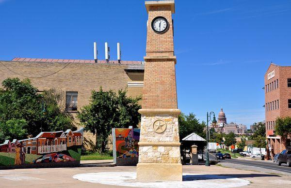 E 11th St Clock Tower (edit DSC_0583).jpg