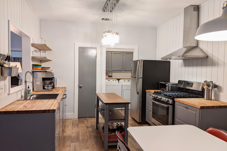6501 Brush Country #145 Kitchen Main (211357006) 3000x2000px.jpg