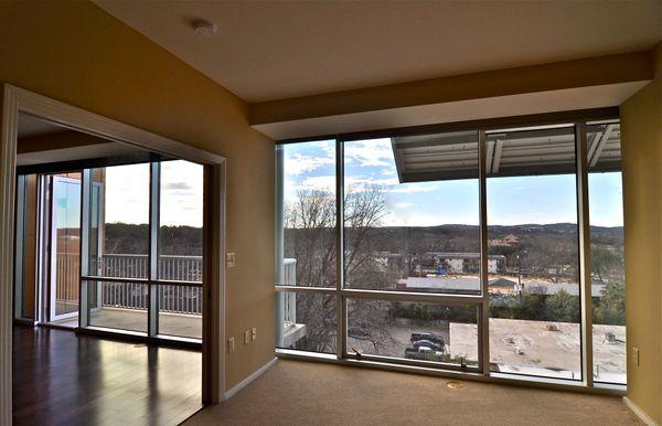 Barton Place 1606 - Windows (DSC1586).jpg