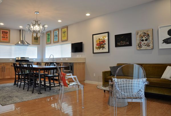 5525 Agatha Living Dining 1b (edit DSC_1156).jpg