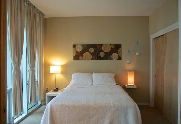 11 Barton Place 2202 - bed2 (edit DSC_0472).jpg