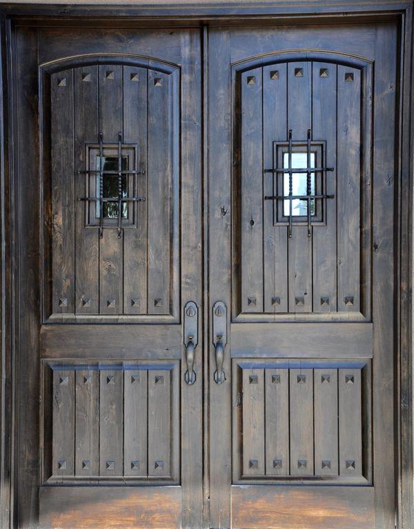 303 Yaupon Front Door (edit hi DSC_0498).jpg