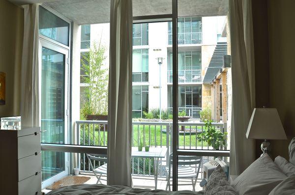 12 Barton Place 2102 - windows (DSC_0020).jpg