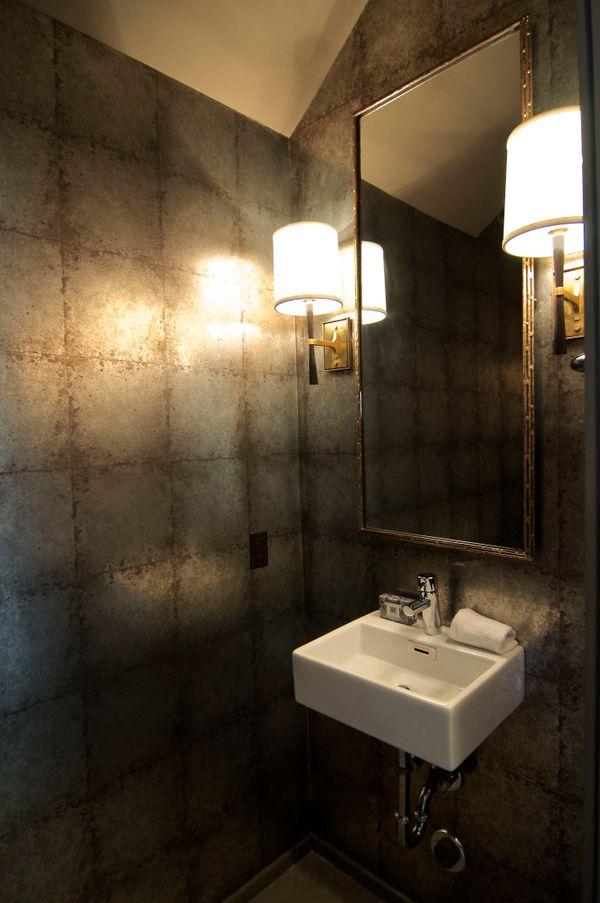1209 Cedar half bath (edit DSC_1389).jpg