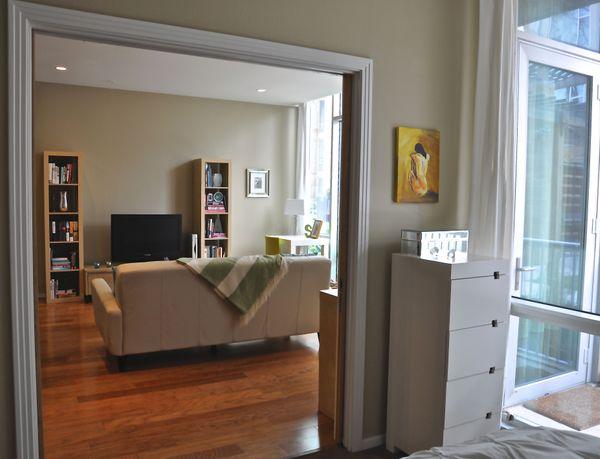 13 Barton Place 2102 - sliding doors (DSC_0021).jpg