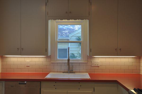 Dexter Kitchen Window (edit DSC_0427).jpg