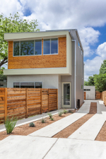 1707 Brentwood A Exterior Front 2.jpg