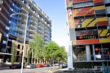 Monarch ACL Street (WM edit DSC_0734).jpg