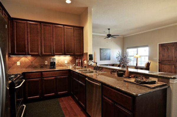 12 8701 Escarpment Kitchen (edit hi DSC_0078).jpg