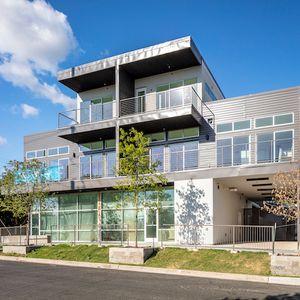 Magnolia Condominiums