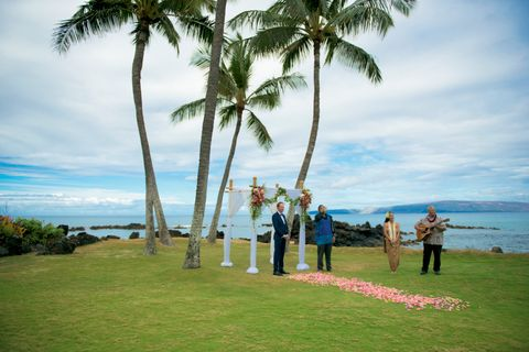 Elopement ceremony in Makena Maui