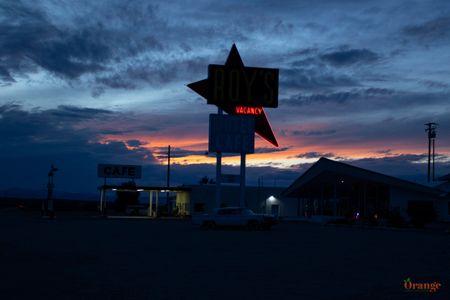 Roy's Motel