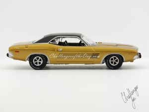 Auto World 1973 Dodge Challenger Rallye Gold (2).JPG