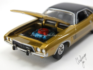 Auto World 1973 Dodge Challenger Rallye Gold (6).JPG