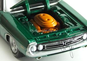 1971 RT 426 Hemi GreenLight Hot Putsuit Series Green Machine (14).JPG