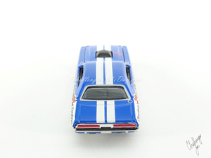 Hot Wheels '71 Dodge Challenger 440 Six-Pack With Shaker in Blue (6).JPG