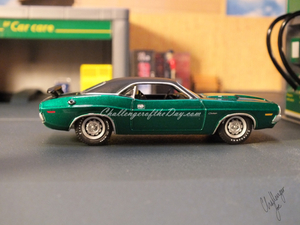 1971 RT 426 Hemi GreenLight Hot Putsuit Series Green Machine (9).JPG