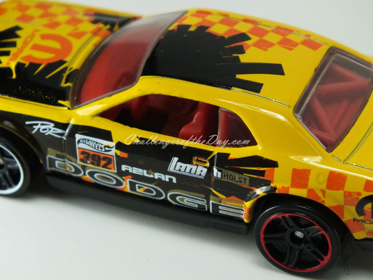 Hot Wheels Dodge Challenger Drift Car Yellow (6).JPG