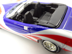 Johnny Lightning 1971 Dodge Challenger Convertible  (2).jpg