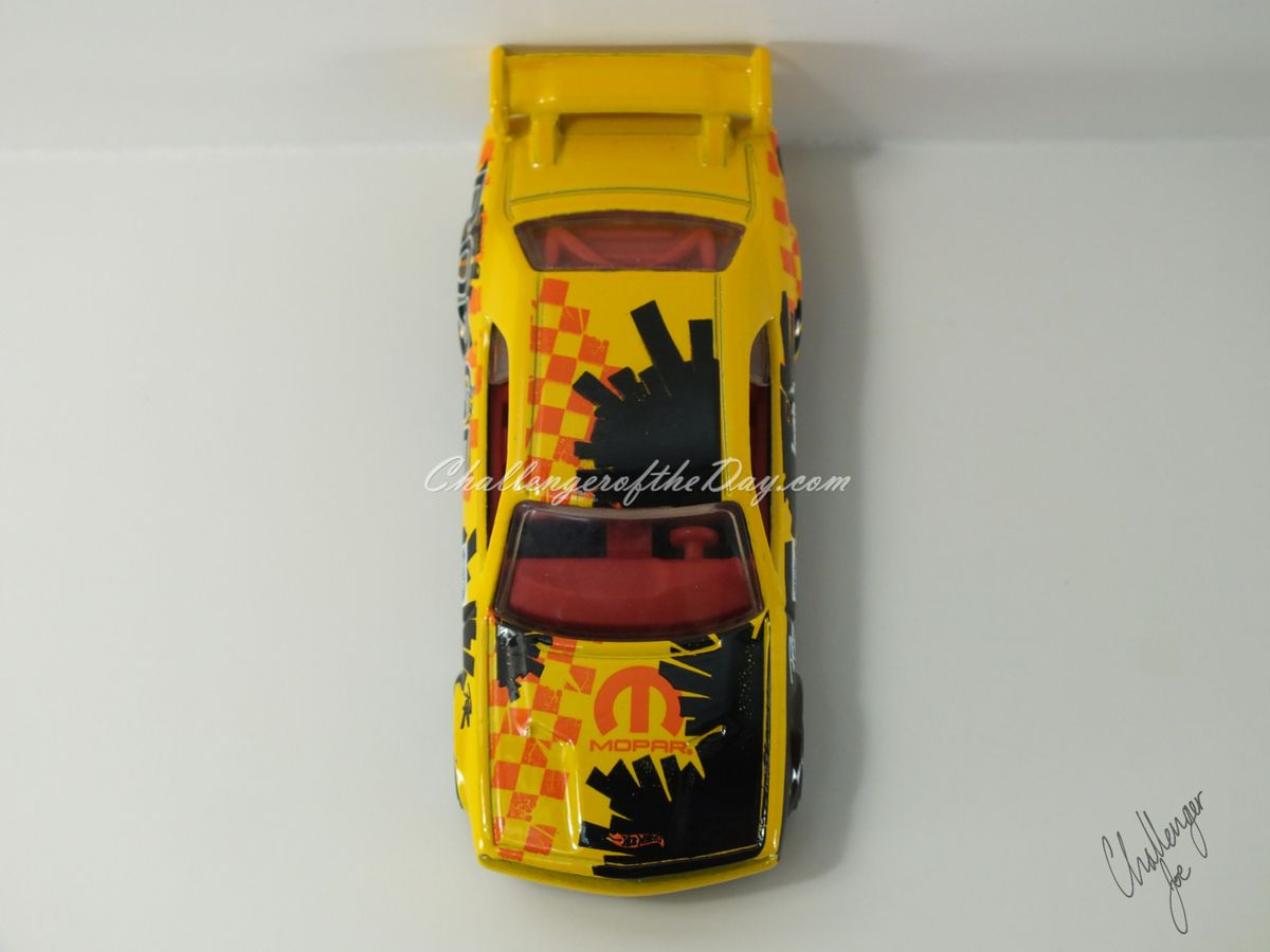 Hot Wheels Dodge Challenger Drift Car Yellow (8).JPG